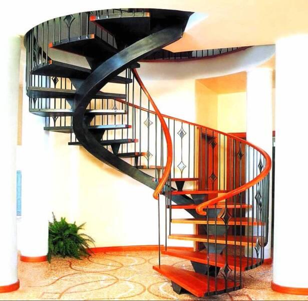 Лестница спиральная