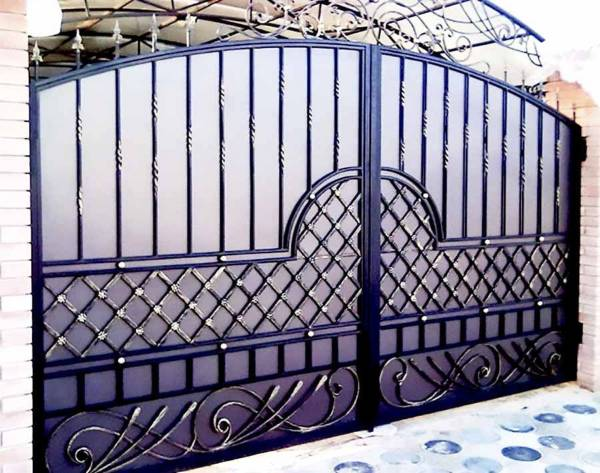 Ворота № в 77 (Северный ветер)