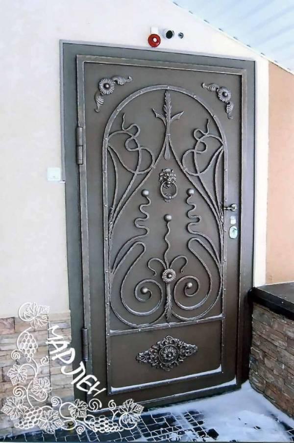 Дверь №1 (Титан)