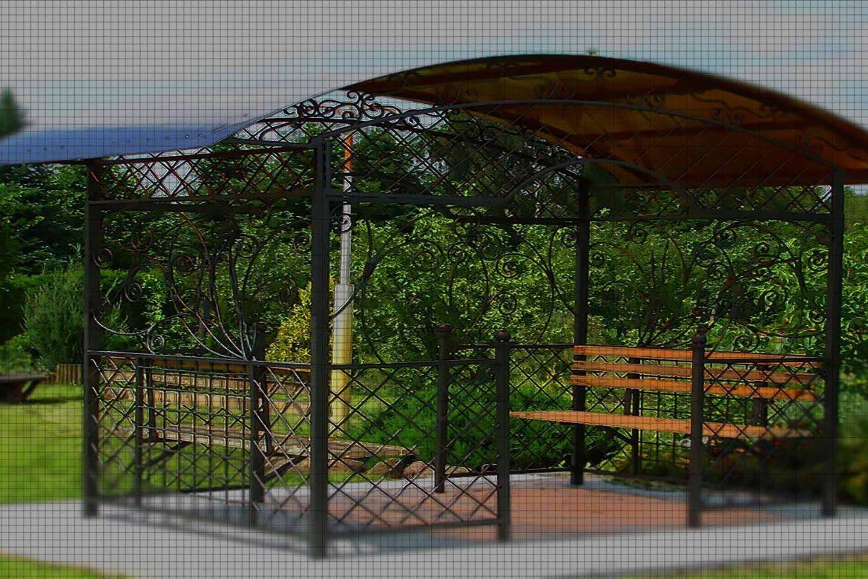 Садовая беседка с ковкой