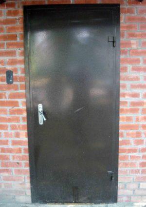 Дверь железная классика
