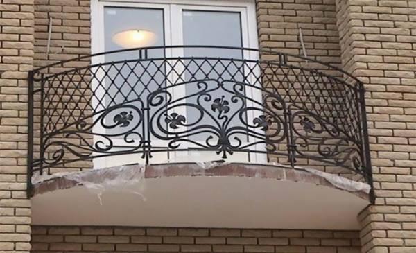 Балконное ограждение № 4 (Летняя фантазия)