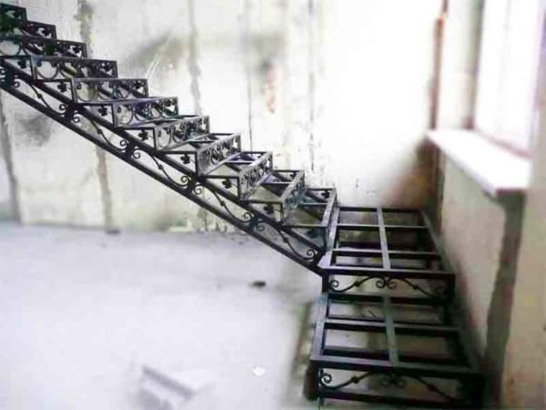 Каркас лестницы №К3