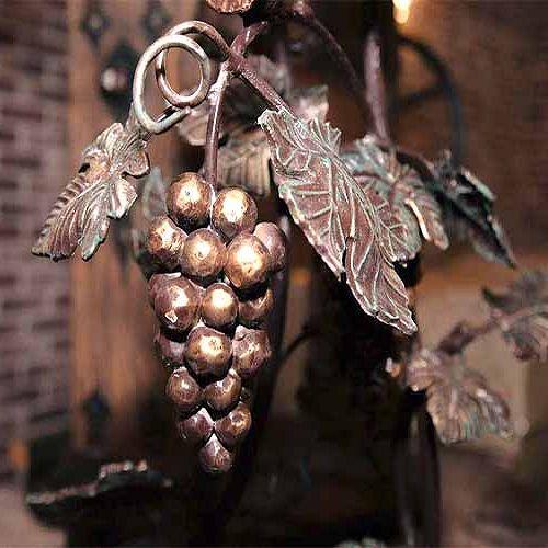 Кованный-элемент-виноград